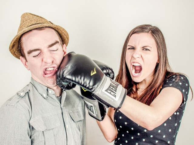 How do you resolve a disagreement between yourself and a friend?