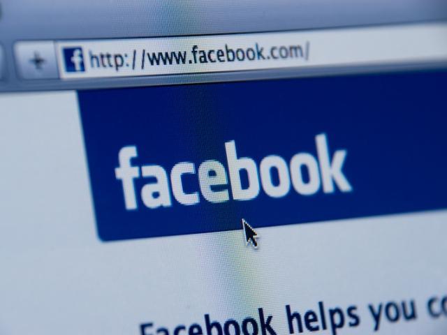 How often do you threaten to de-friend someone on Facebook?