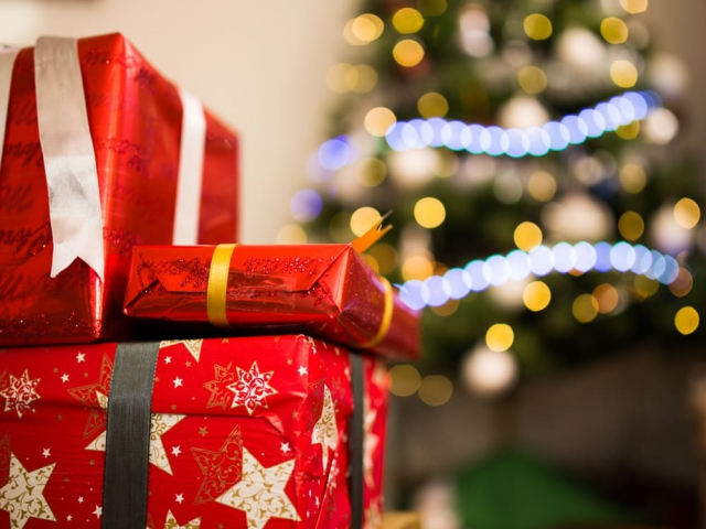 When do you start your holiday shopping?