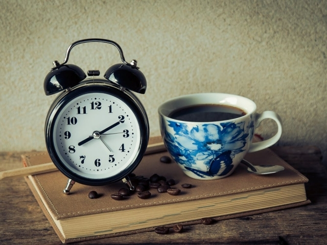 How many times do you hit the snooze button on an average morning?
